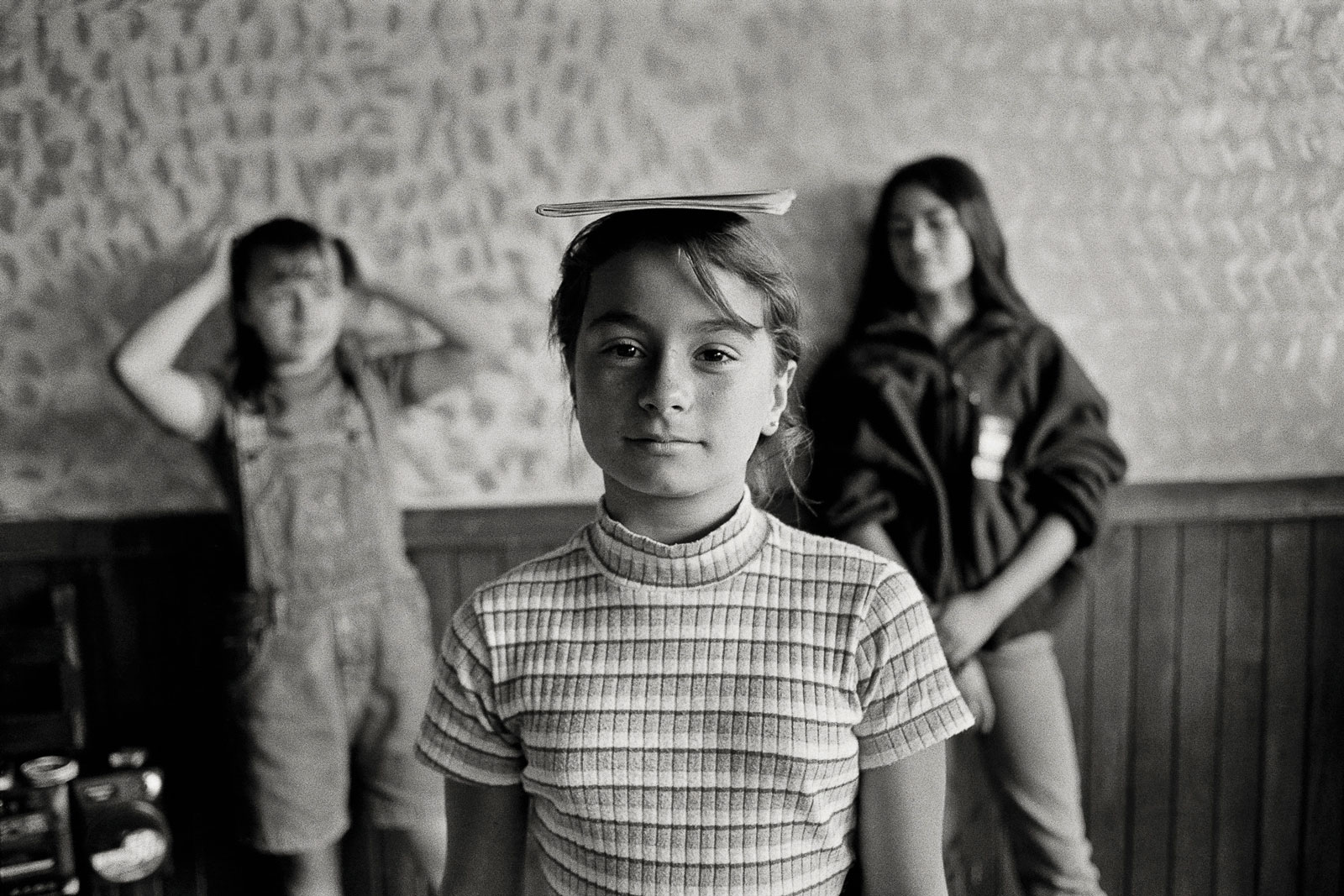 <i>Posture</i> (1997) Girls honing posture and grace of movement while  preparing for the Miss Rock pageant in El Peñol.