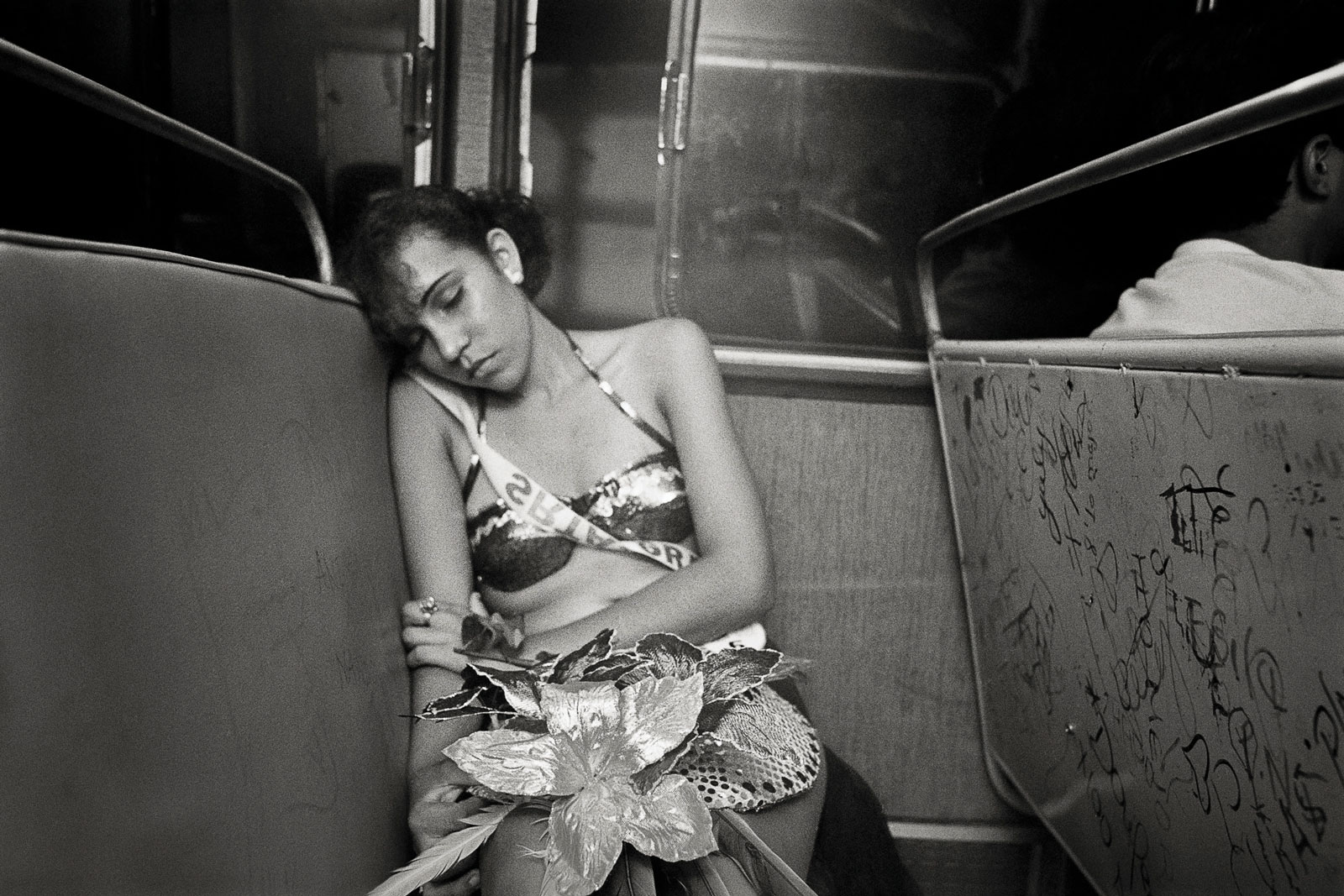 <i>Going Home</i> (1997) In Sincelejo, after the People's Pageant, a candidate rides the bus back to her neighborhood at 3 am.