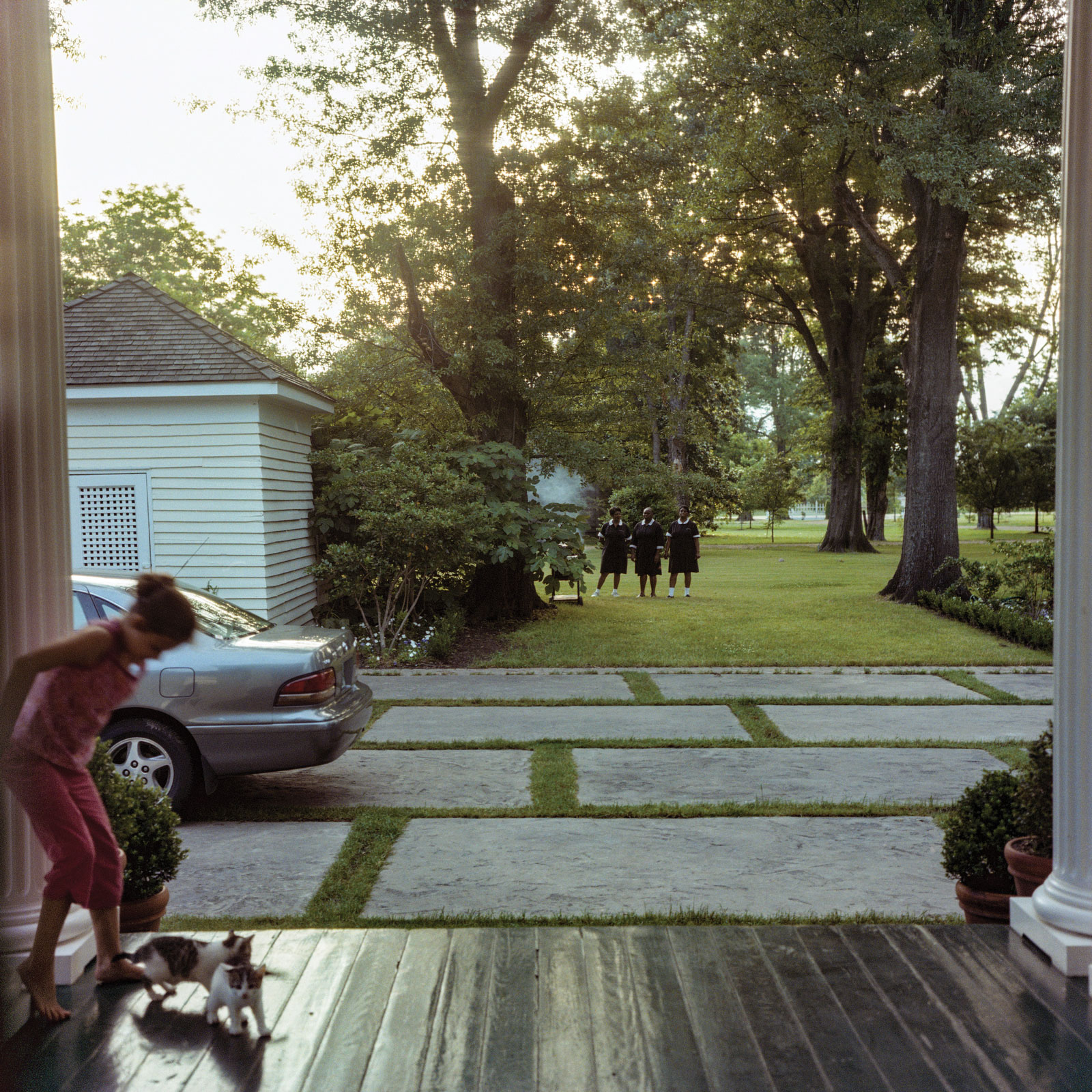 <i>Sophie with Kittens, Sumner, Mississippi</i> (2000) by Maude Schuyler Clay